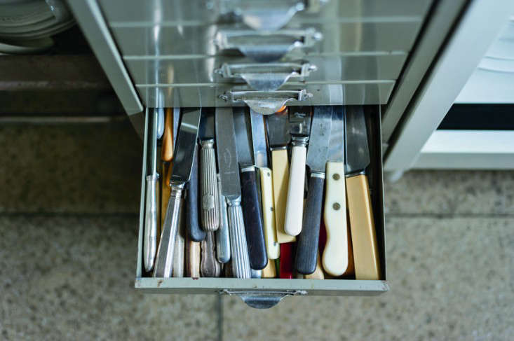 10 Ways To Store Your Flatware From Improvised Solutions