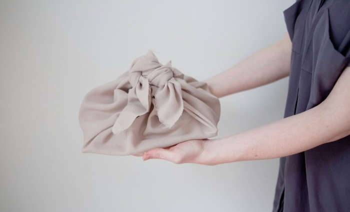 Your Weekend Project: Learn How to Wrap a Furoshiki Cloth, Ideal Potluck and Picnic Totes