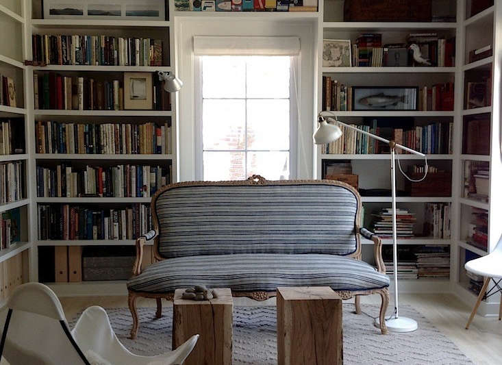 Book Smart 10 Envy Inducing Built In Bookshelves The Organized Home