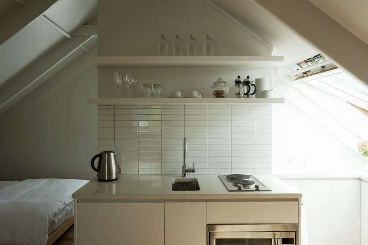 Expert Advice: 11 Tips for a Tiny but Efficient Kitchen - The Organized Home