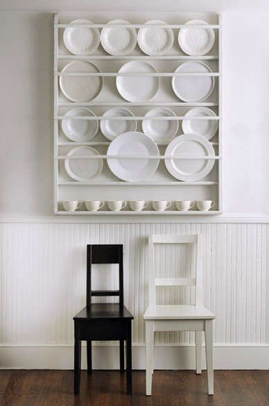 10 Easy Pieces: Wall-Mounted Plate Racks - The Organized Home