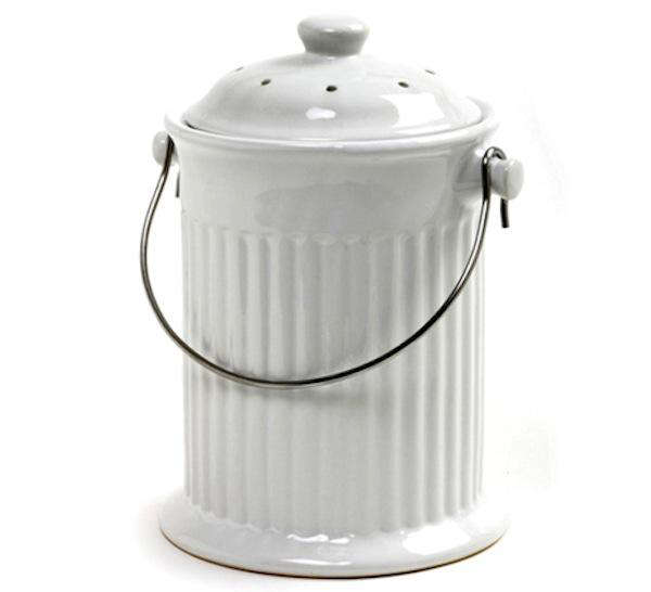 Above: A 12 Inch High Kitchen Compost Pail By Achla Has A White Enamel  Powder Coat Finish; $72.99 From Vintage Tub.