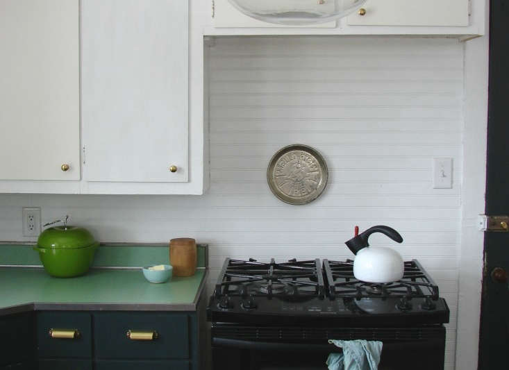 Lately Weu0027ve Been Admiring DIY Kitchen Makeovers Involving Little More Than  Paint Applied To Dreary Wooden Cabinets. How To Best Tackle Such A Project  On ...
