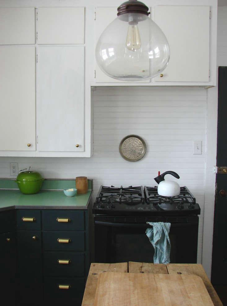 Painting Kitchen Cabinets 5 Tips From A Master Painter The Organized Home