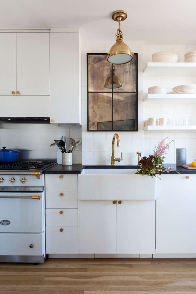 Kitchen Of The Week A Small With Personality For Comedian Seth Meyers Dish Storage Wine Racks