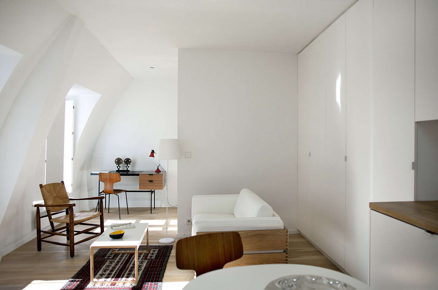 The Perfect Two-Room Paris Pied-à-Terre, Ikea Kitchen Included - The ...