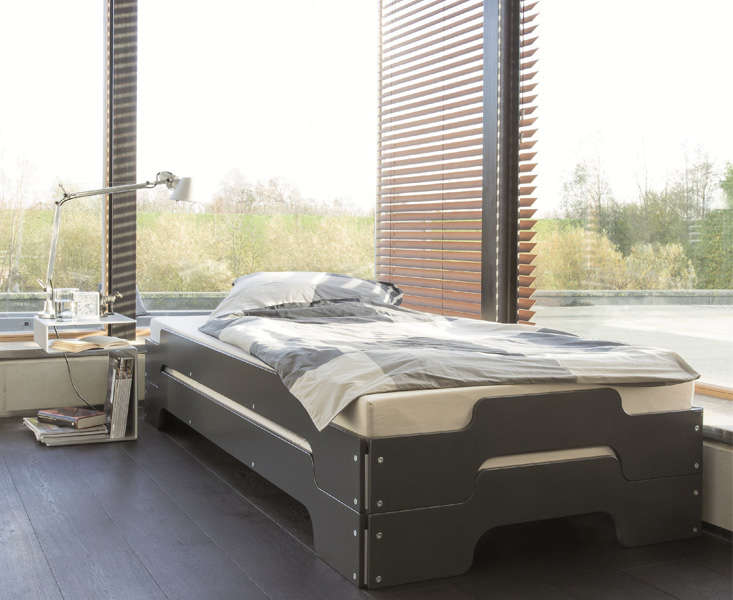Stapelliege Stackable Beds Remodelista