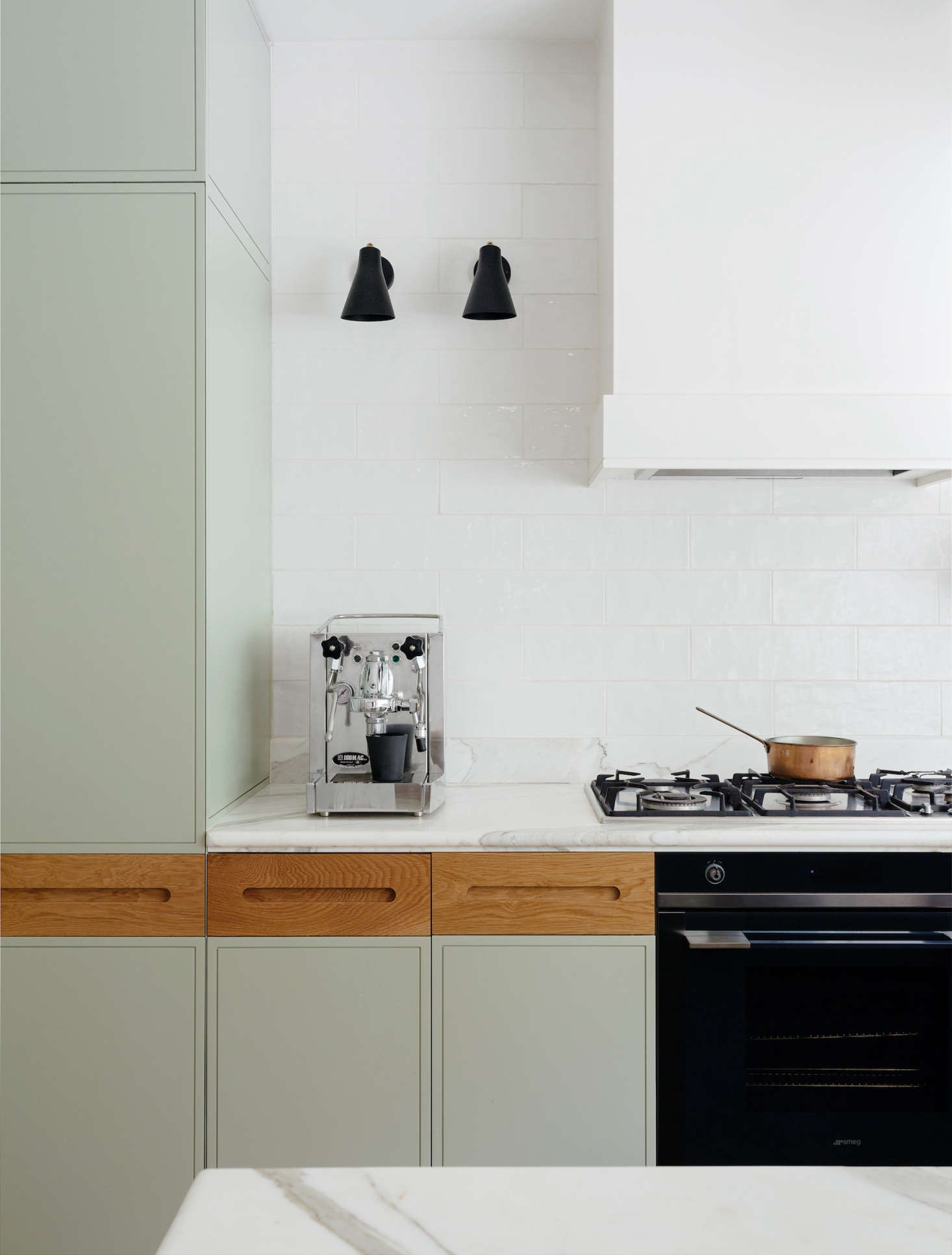 How To Clean Grooves In Kitchen Cabinets