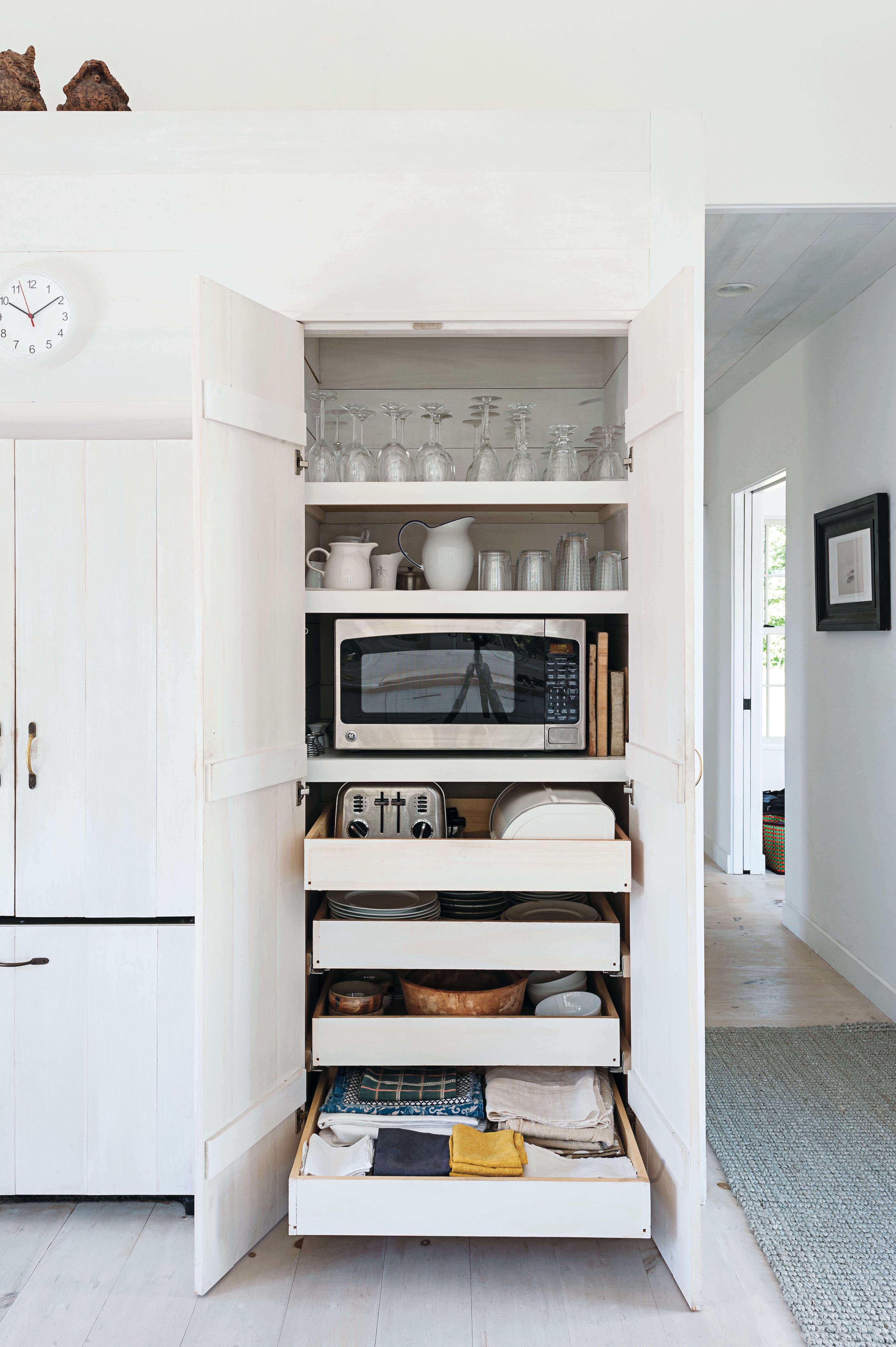 11 Strategies for Hiding the Microwave - The Organized Home