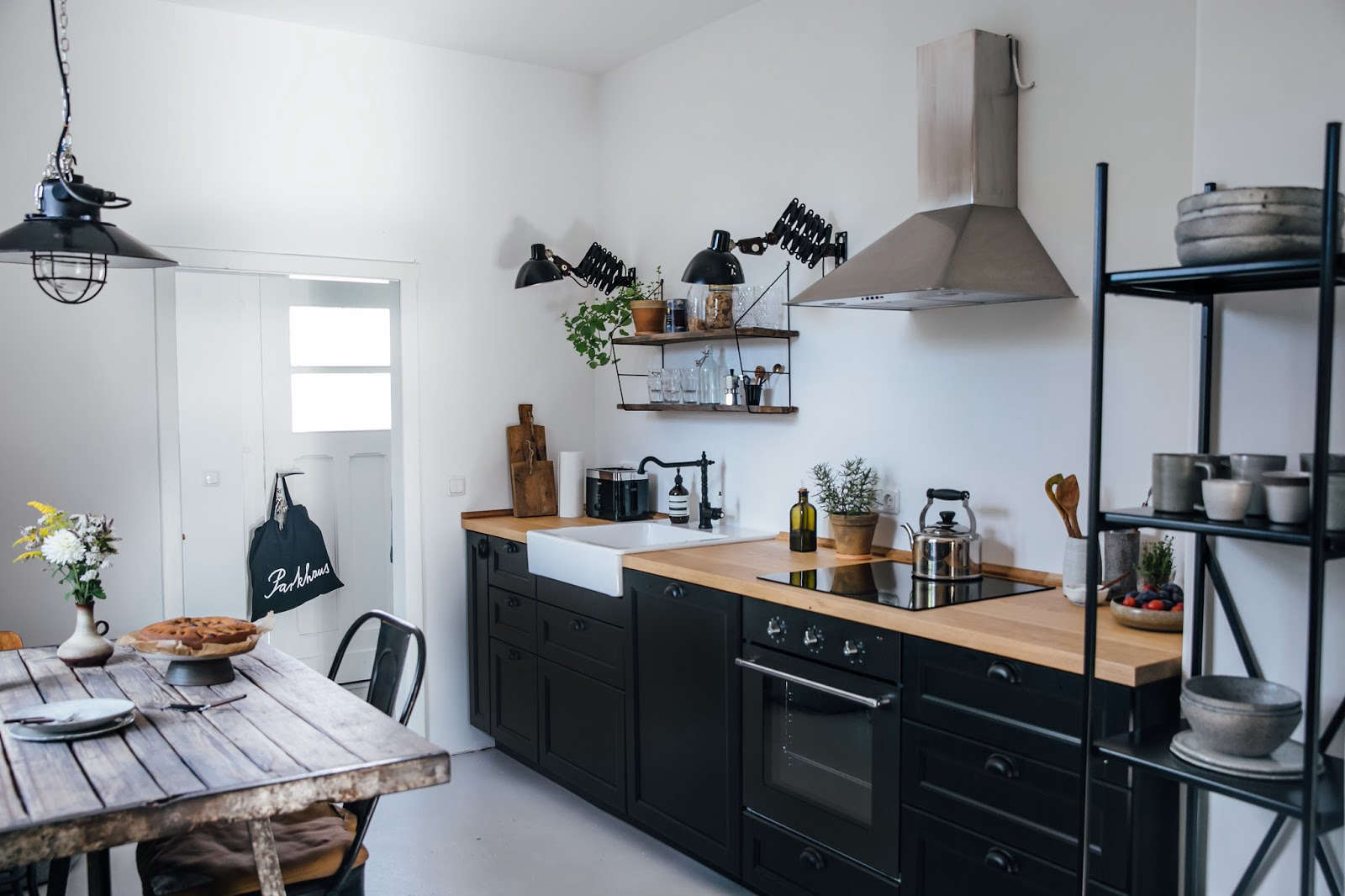 Kitchen of the Week: A DIY Ikea Country Kitchen for Two ...