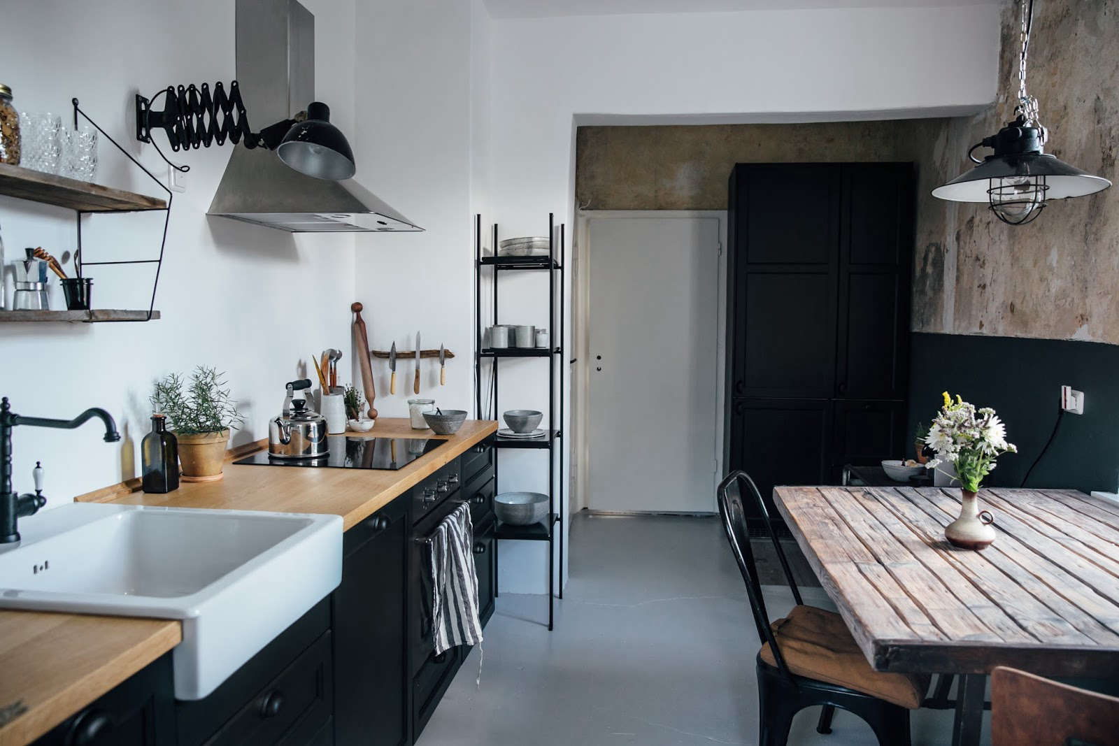 Kitchen of the Week: A DIY Ikea Country Kitchen for Two