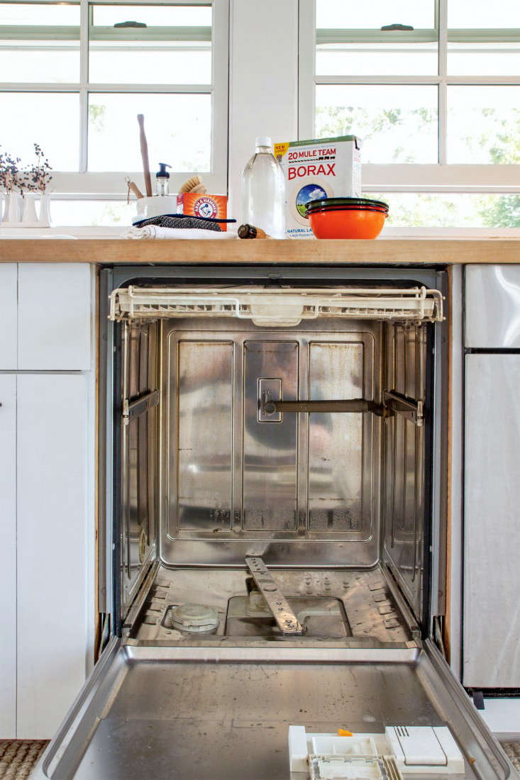 how to deep clean dishwasher