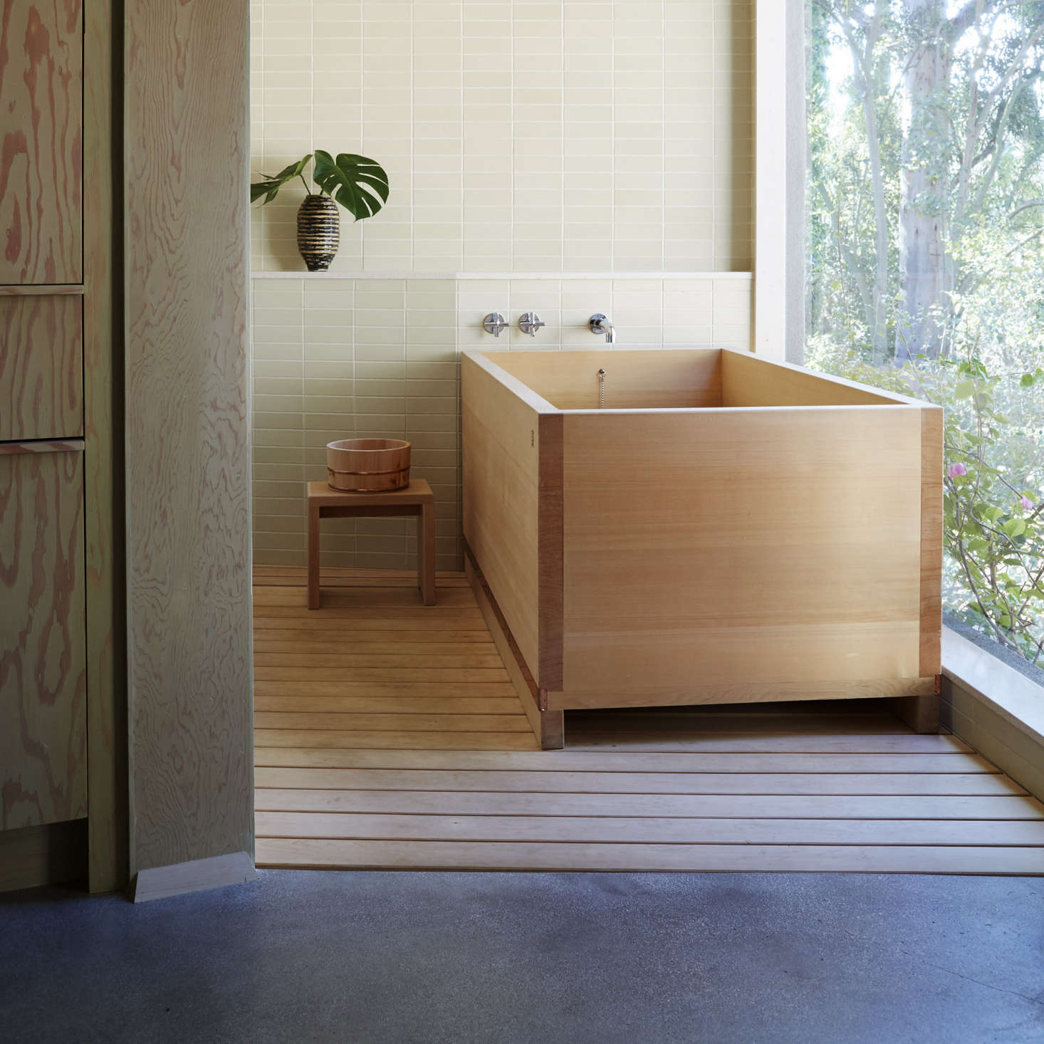 tub open area specialistatlanta share closet bathroom atlanta s hinoki portfolio remodeling healing water shower