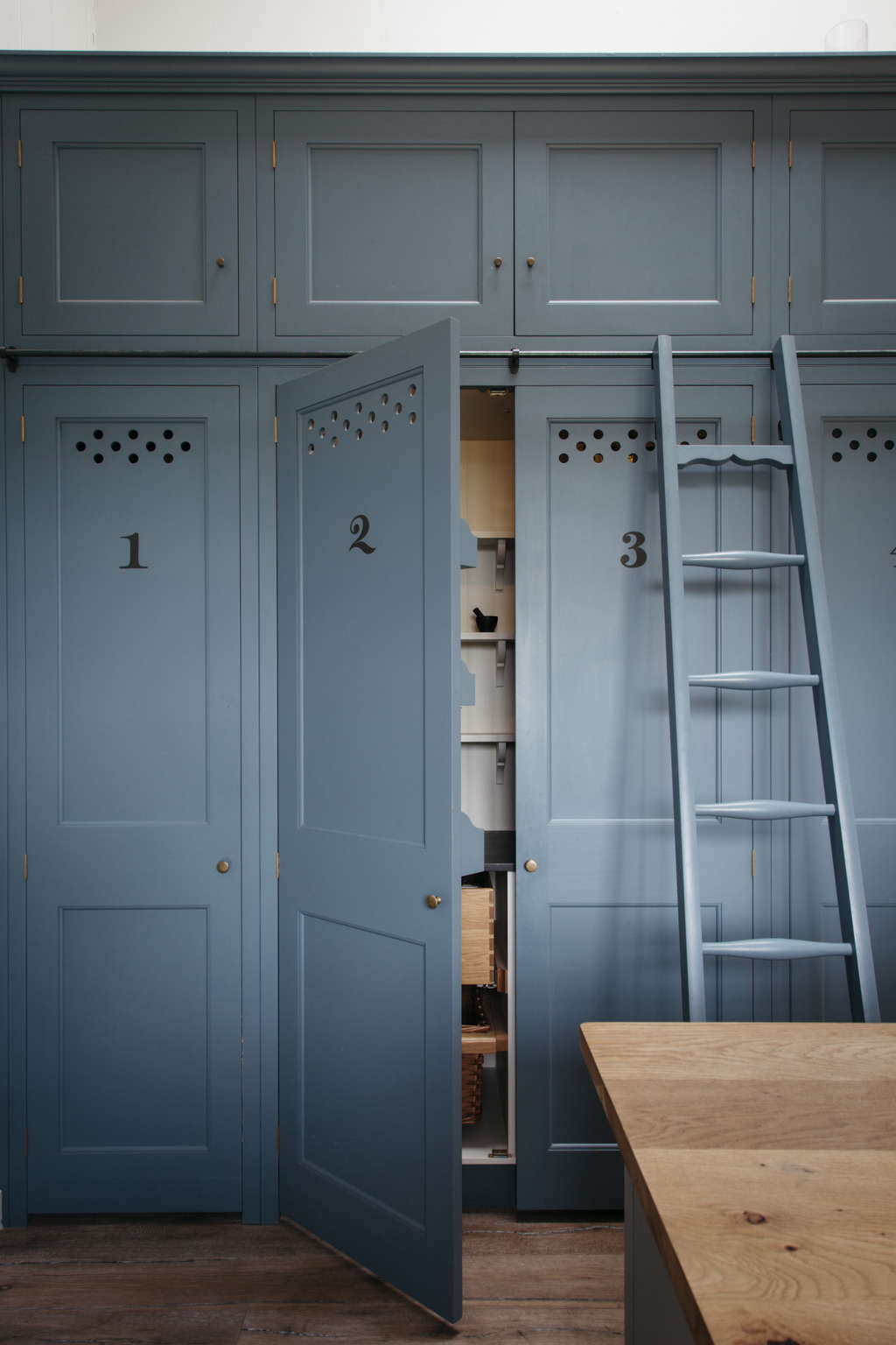 In Plain English: 8 Storage Ideas to Steal from the UK-Based Kitchen ...