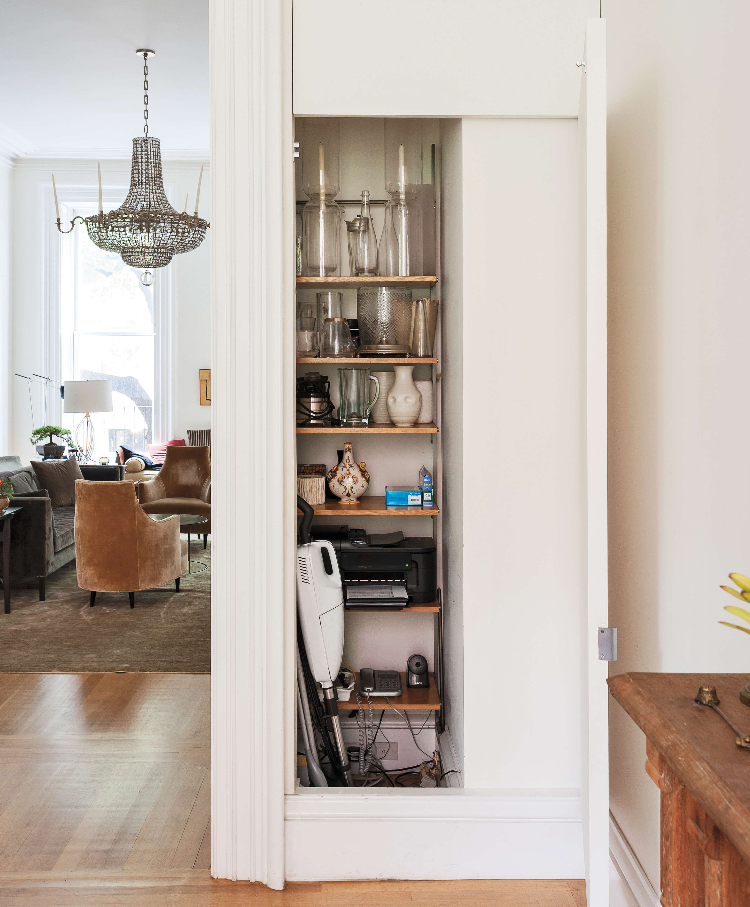 10 Easy Pieces Compact Upright Vacuums For Small Spaces