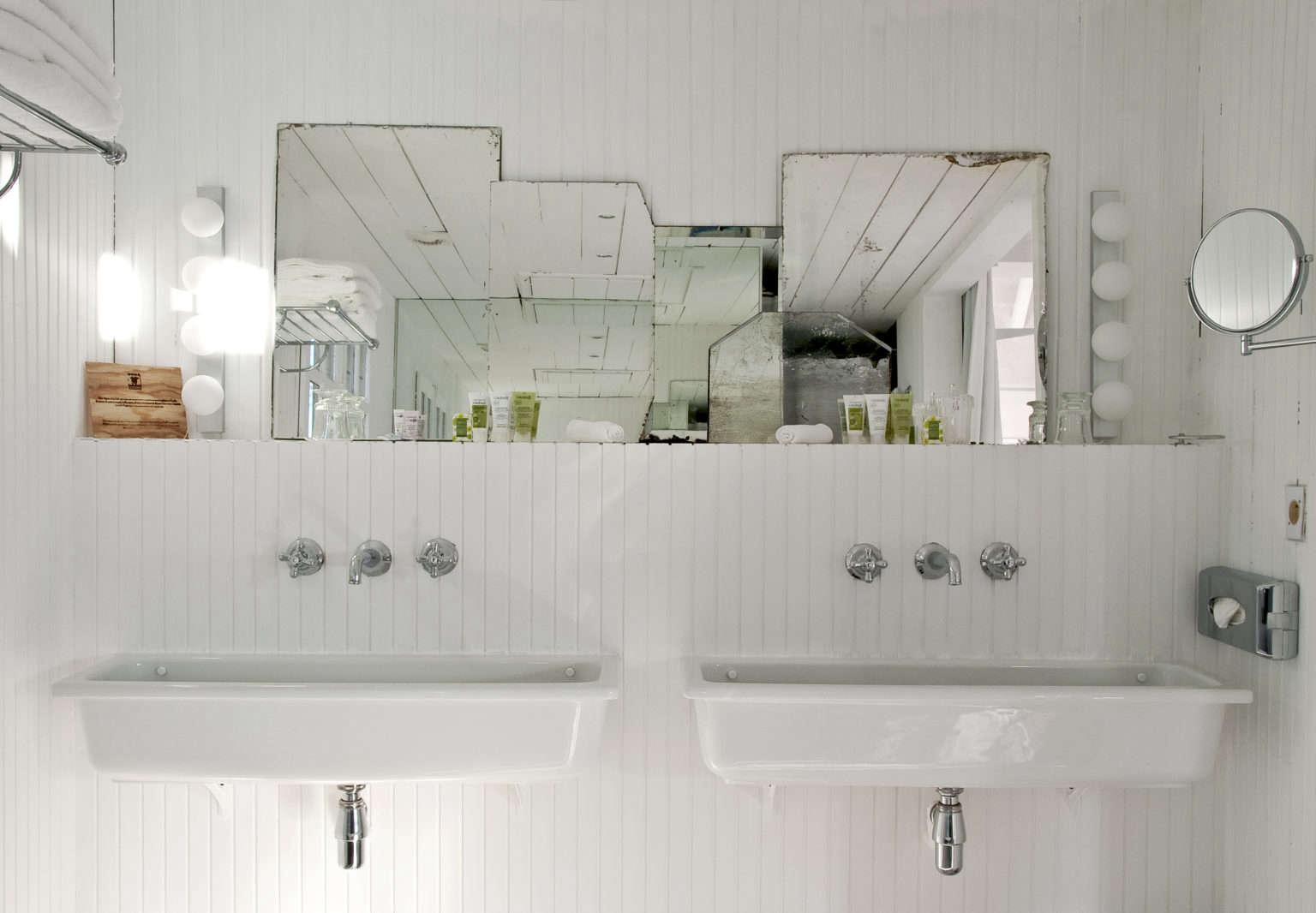 Trend Alert: 11 Deconstructed Baths - The Organized Home