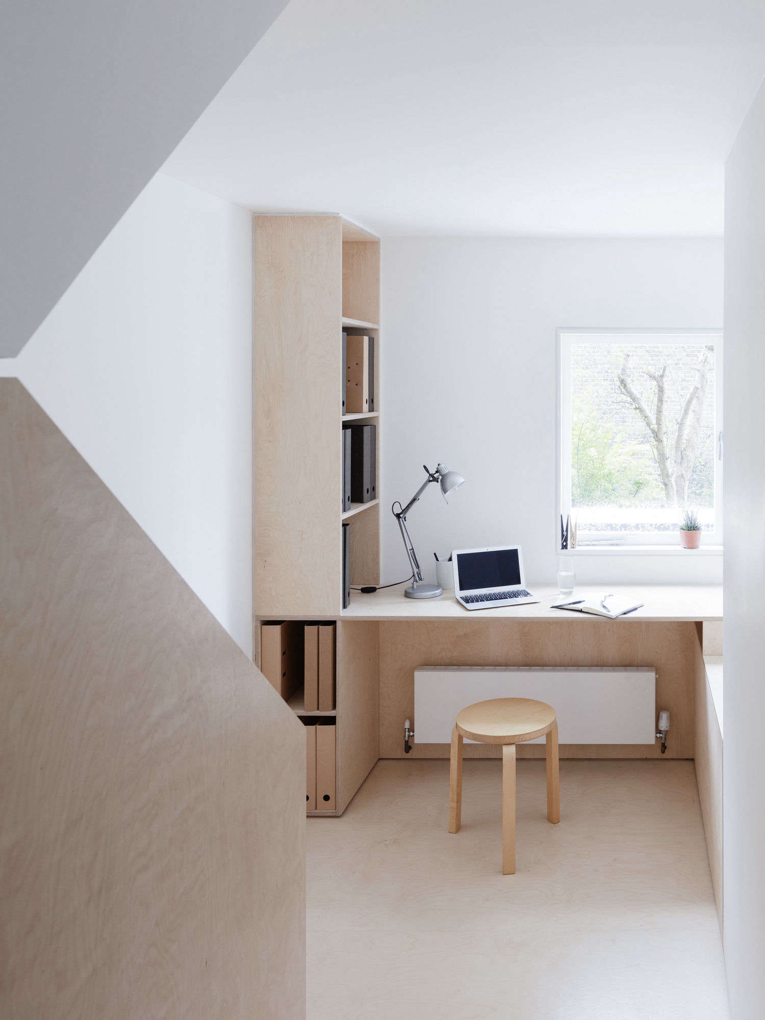 Larissa Johnston Architects Birch Plywood Desk On Landing, Rory Gardiner Photo