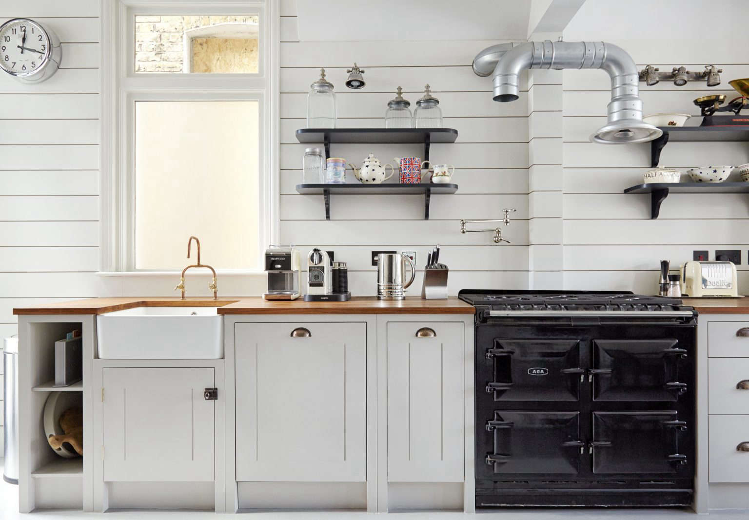 Kitchen of the Week: A Proper English Kitchen with New ...