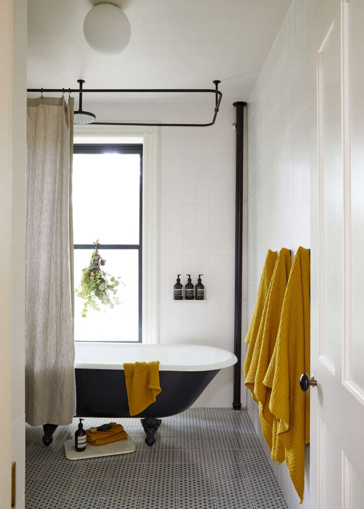 Superbe Architect Jess Thomas Brooklyn Bath Remodel With Clawfoot Tub And Mano A  Mano Tiles. Kate