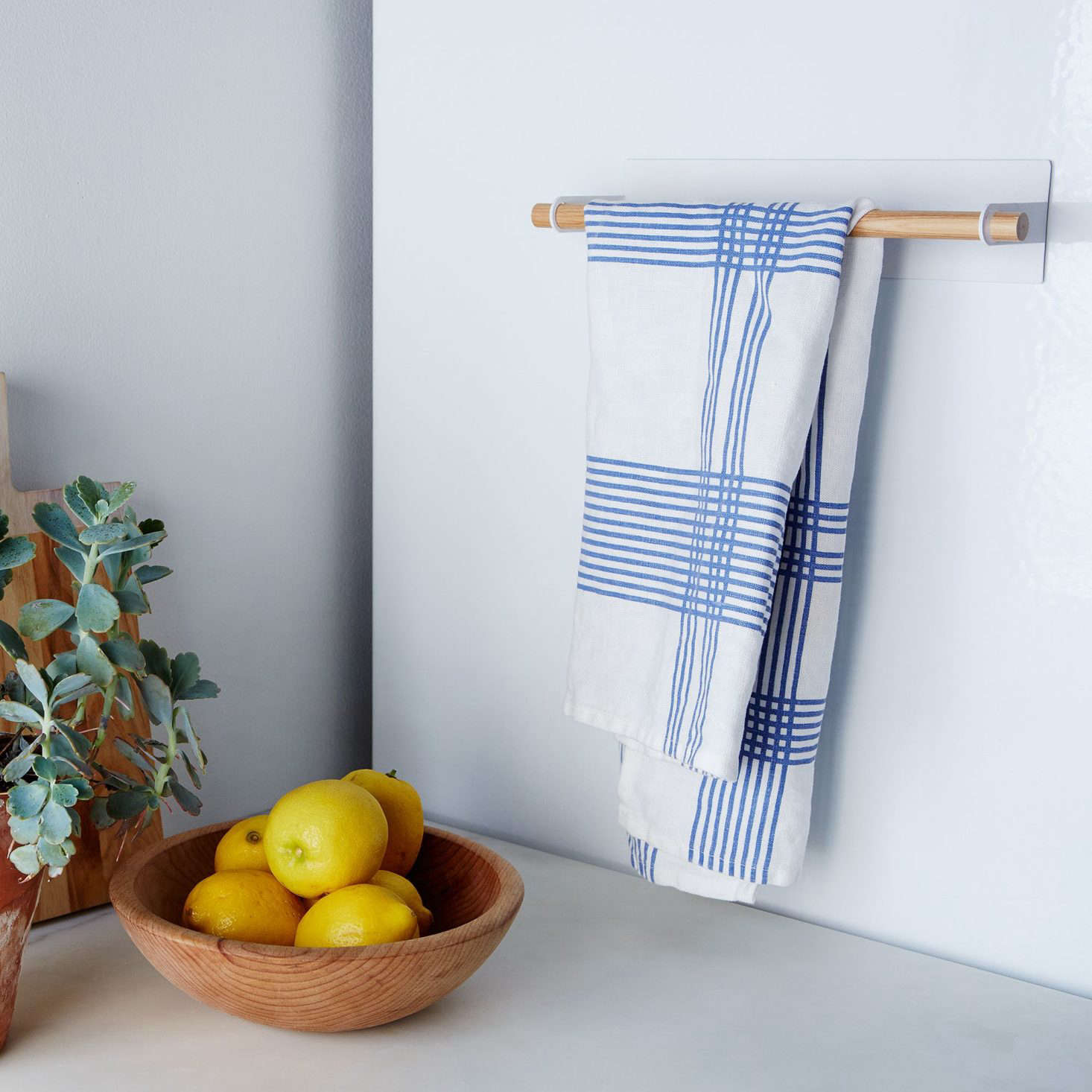 10 Ingenious (and Inexpensive!) Small Storage Products from Japan ...