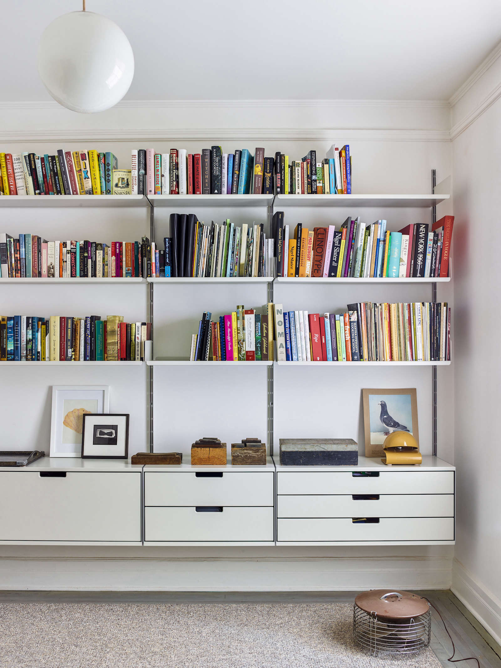 High Low Vitsoe Lookalike Shelving For Less The Organized