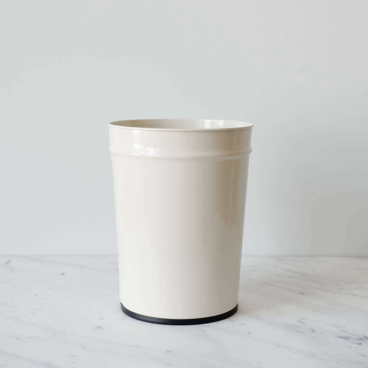 Bunbuku of Japan wastebasket from Mur Lifestyle.