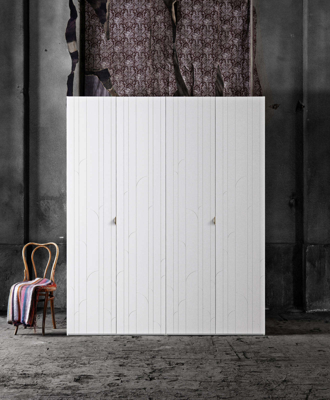 10 Favorite Ikea Pax Wardrobe Hacks from Designers
