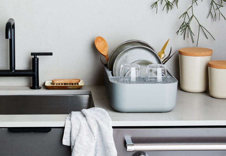 E Saving Dish Rack For Small Kitchens
