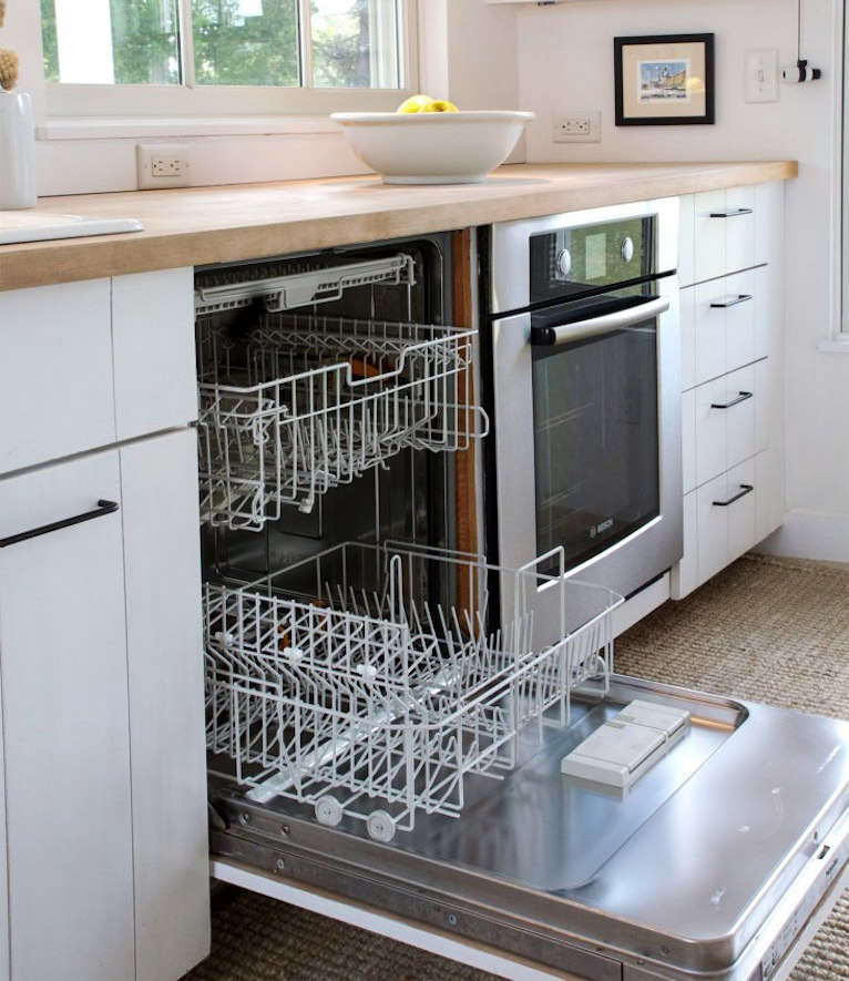 Your Weekend Project: Deep-Clean Your Dishwasher