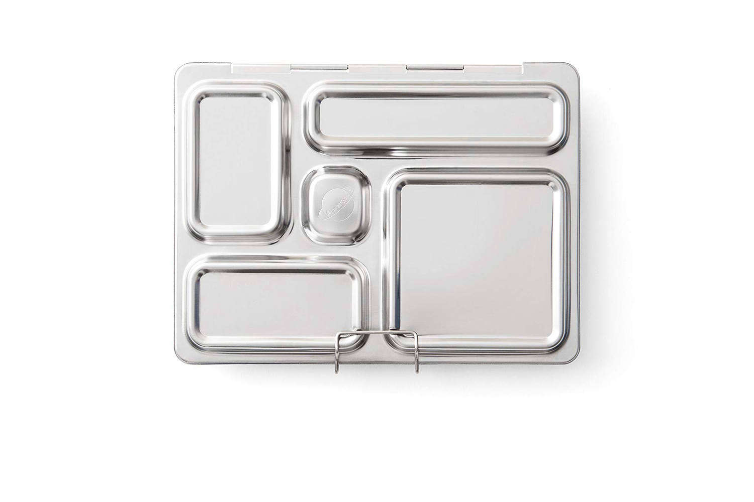I appreciate its attached lid and one-piece design—as well as the fact that it's sturdily built. In addition, the stainless steel bento box is free of PVC, phthalates, and BPA materials.