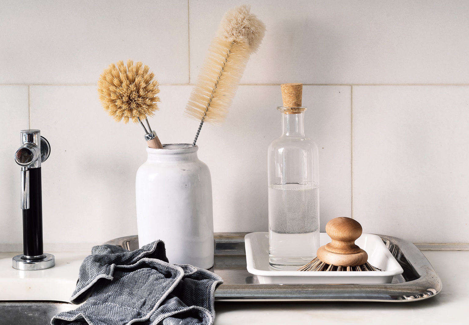 Organized Home Book, Sink Detail Image by Matthew Williams