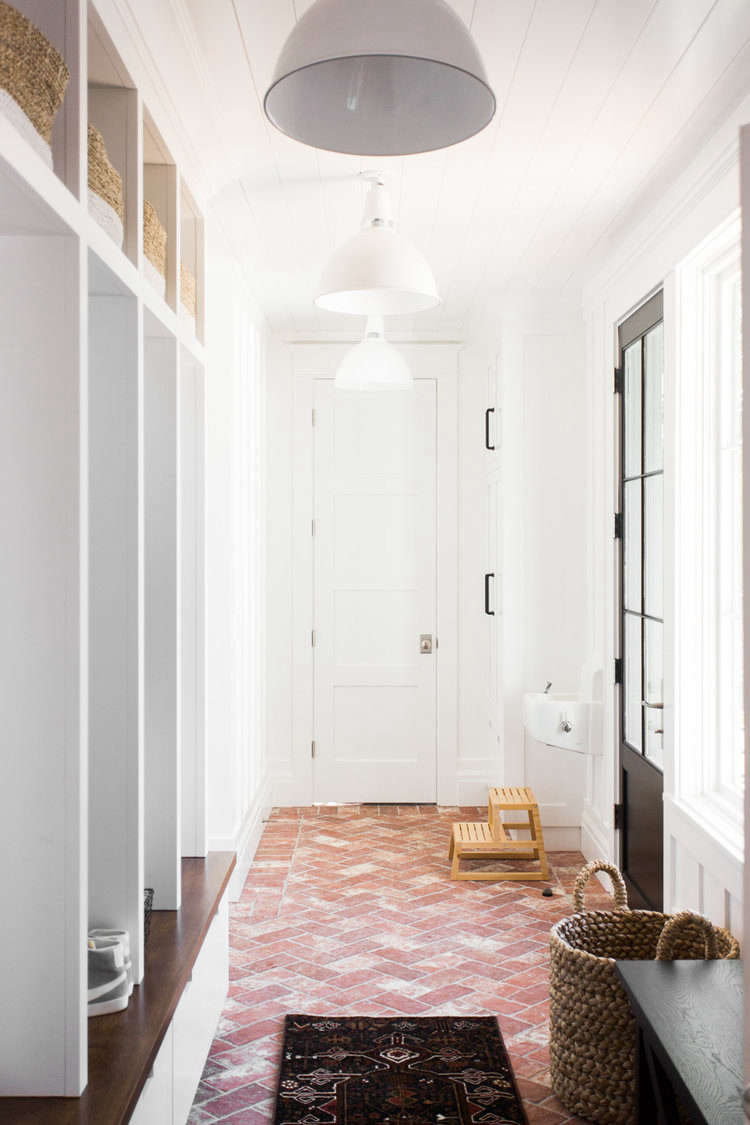 Stupendous The Modern Farmhouse Mudroom Of Your Dreams By Studio Mcgee Pabps2019 Chair Design Images Pabps2019Com